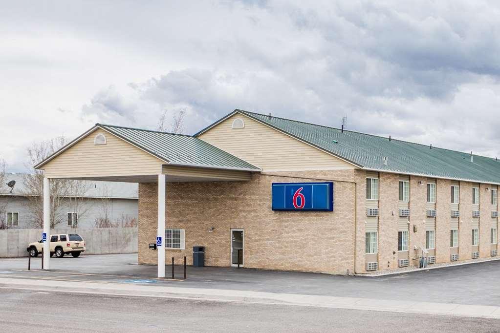 Motel 6 Rigby