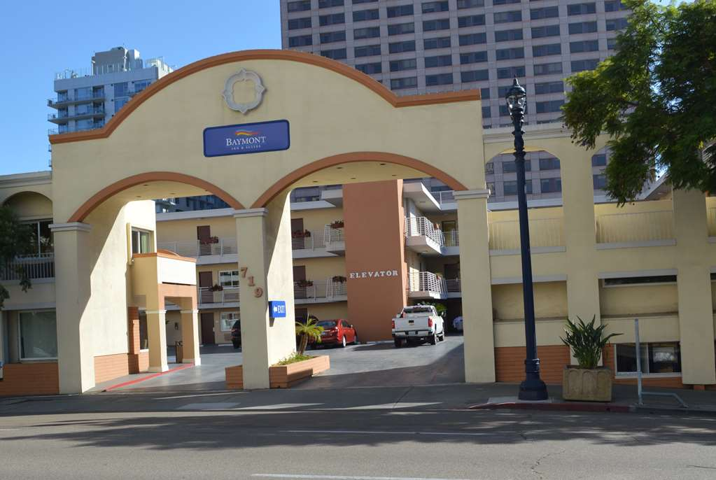Baymont Inn & Suites San Diego Downtown