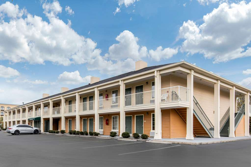 Quality Inn Oxford - Oxford, AL 36203