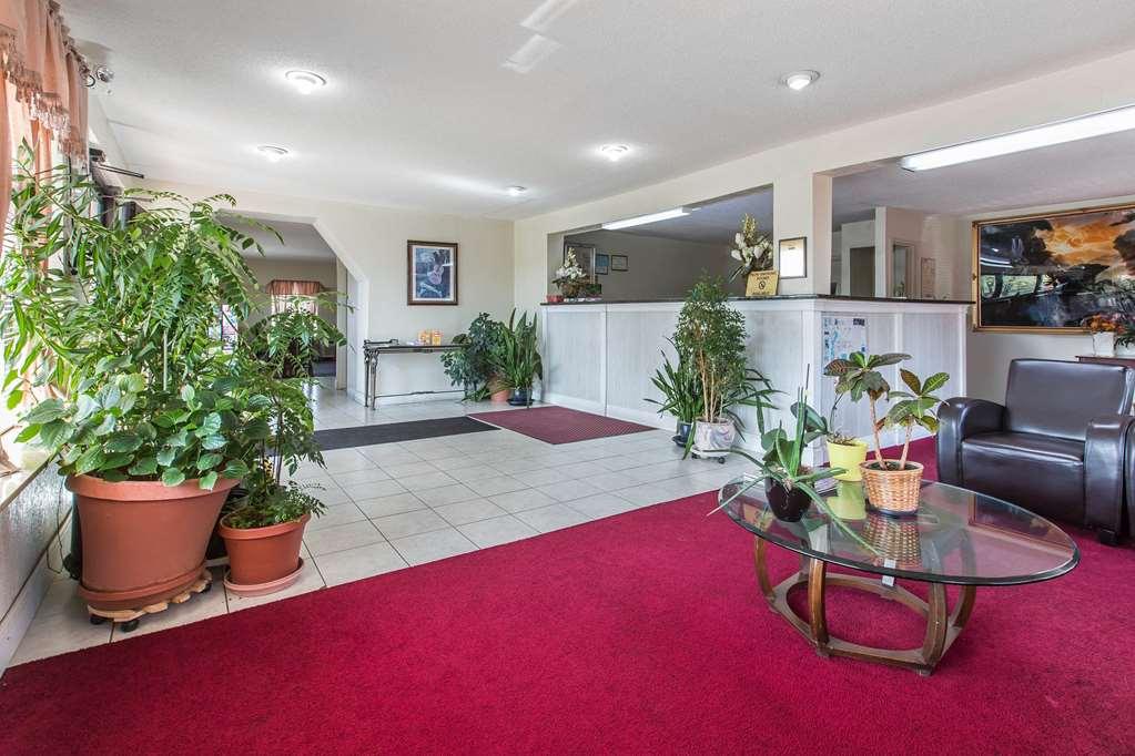 Rodeway Inn & Suites - Marietta, GA 30067
