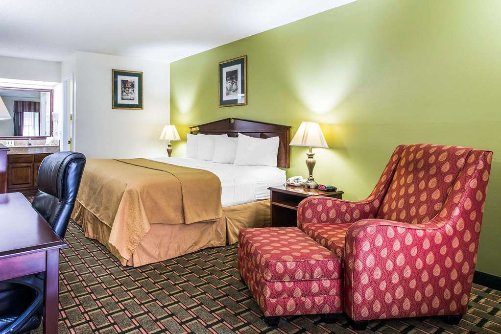 Quality Inn Eastman - Eastman, GA 31023