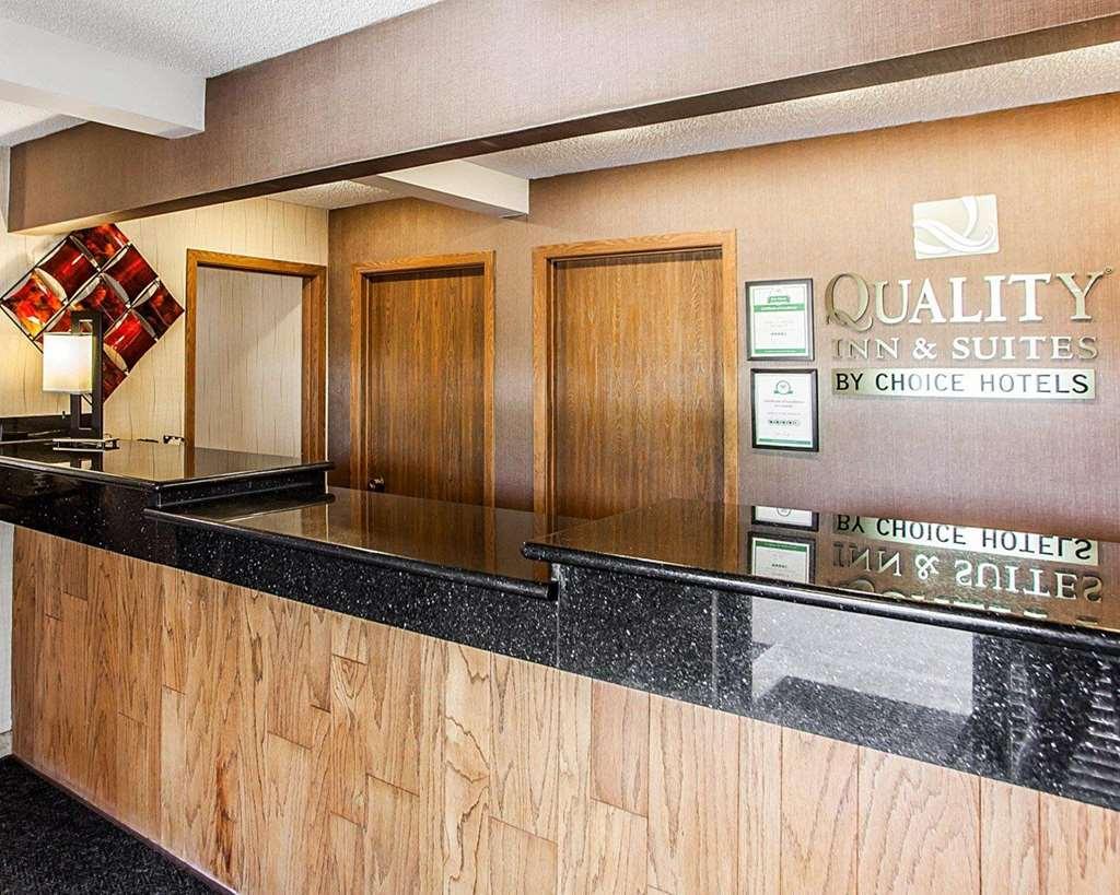 Quality Inn & Suites Davenport - Davenport, IA 52806