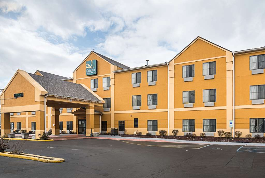 Quality Inn & Suites Harvey
