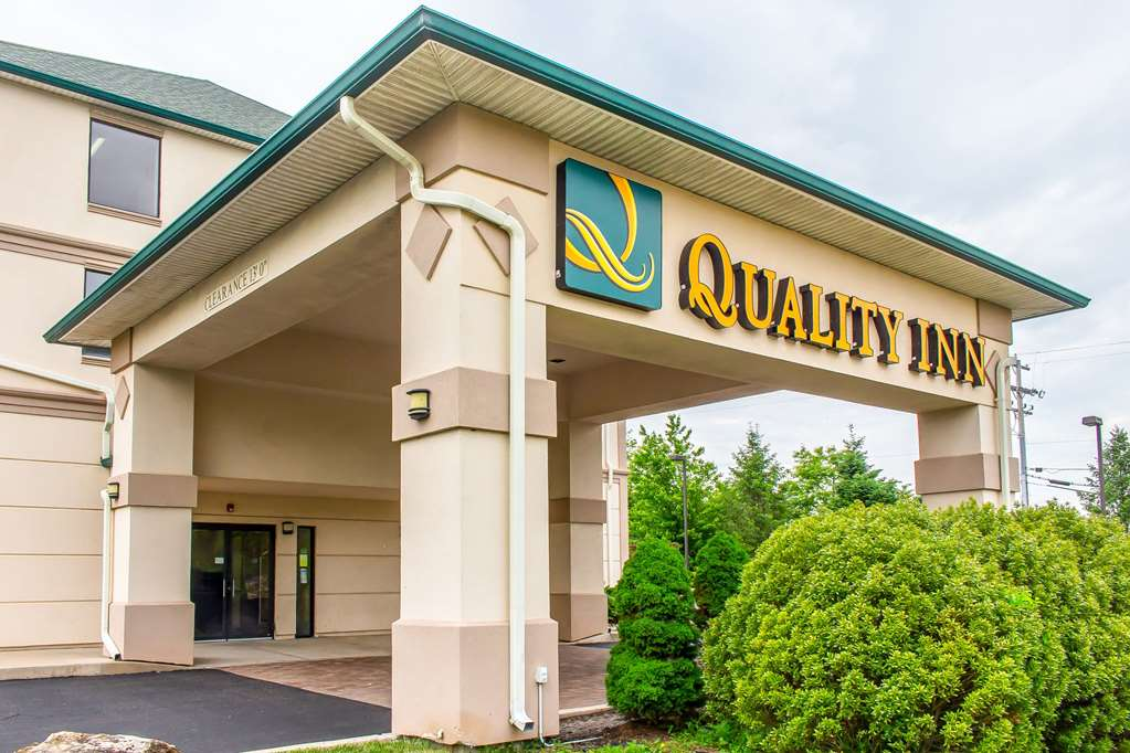 Quality Inn Hackettstown