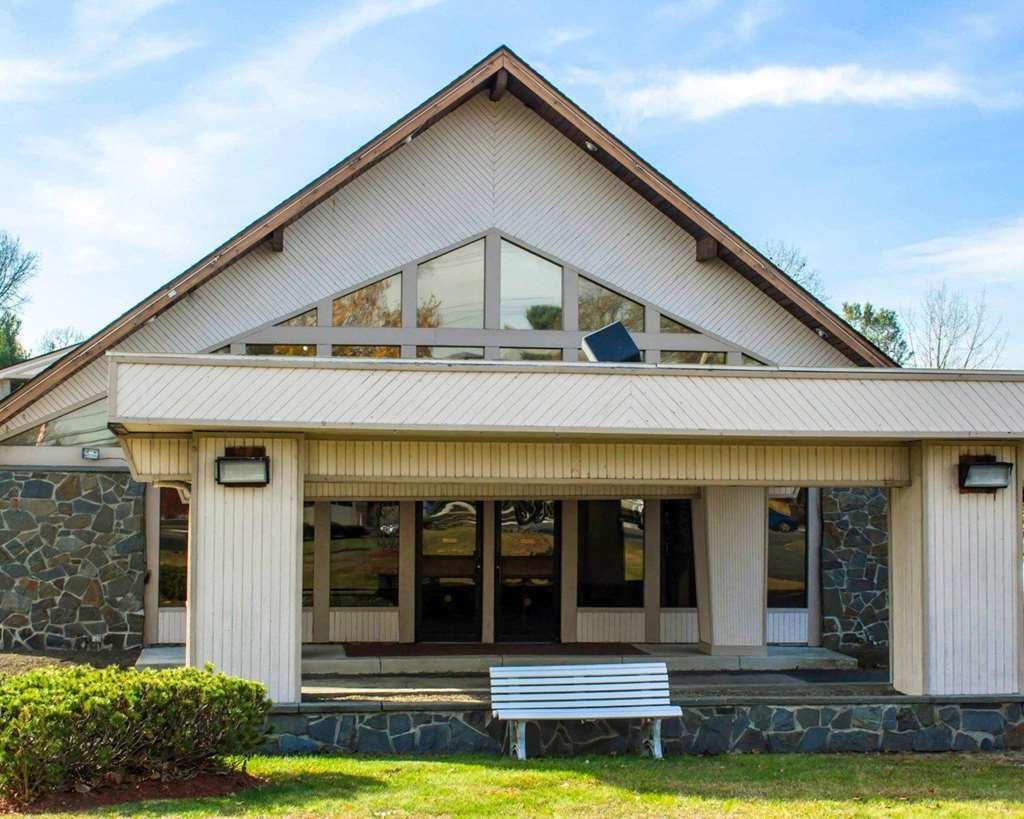 Econo Lodge COLONIE CENTER MALL