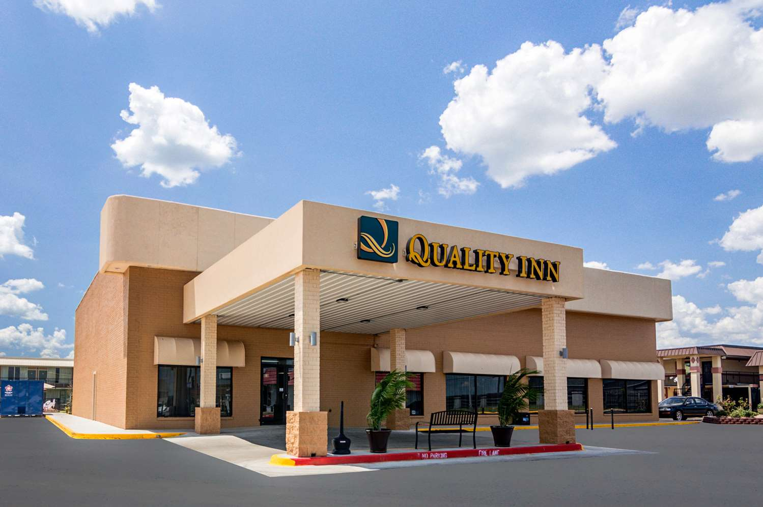 Exterior view - Quality Inn Shawnee