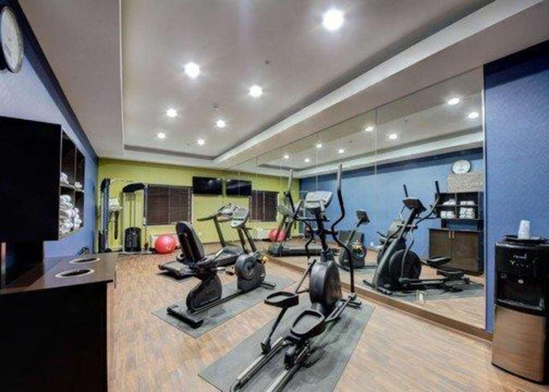 Fitness/ Exercise Room - Comfort Inn & Suites Tulsa
