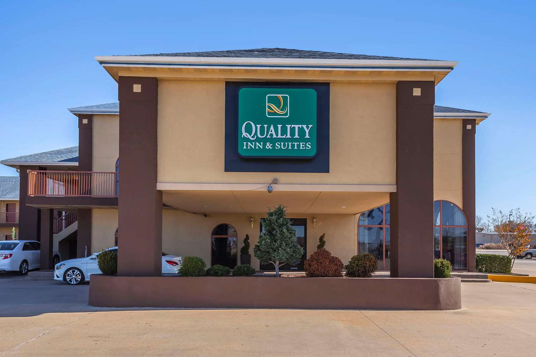 Exterior view - Quality Inn & Suites Owasso