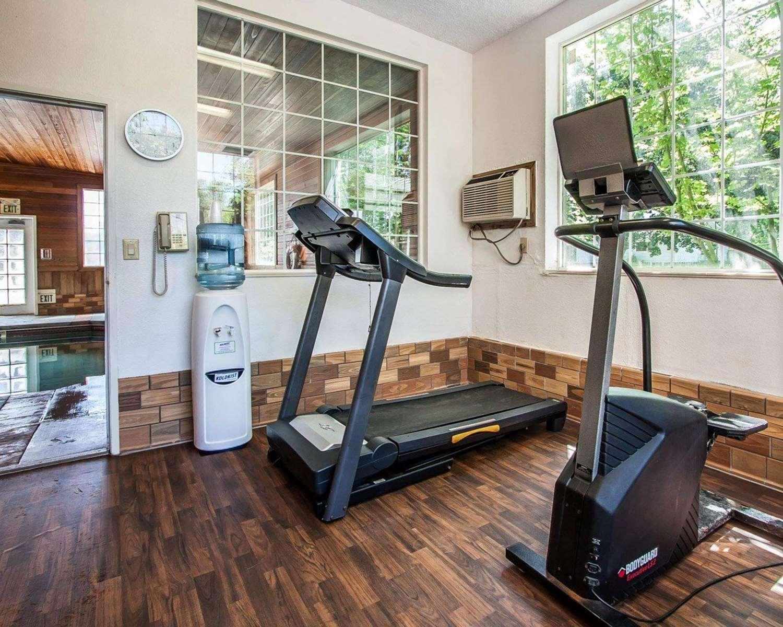 Fitness/ Exercise Room - Comfort Suites Clackamas