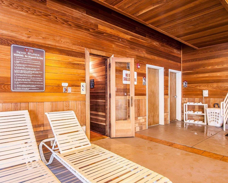 Pool - Comfort Suites Clackamas