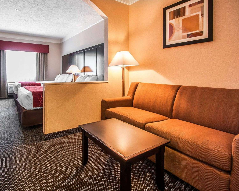 Room - Comfort Suites Clackamas