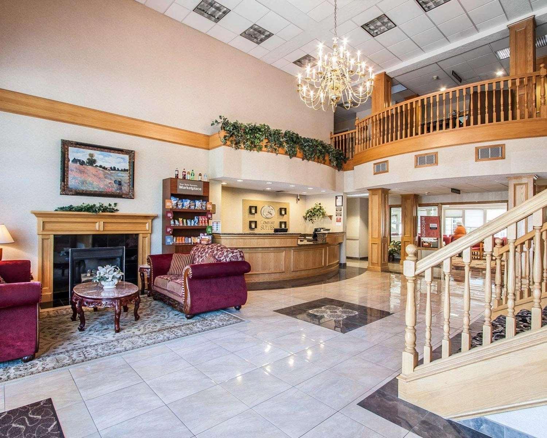 Lobby - Comfort Suites Clackamas