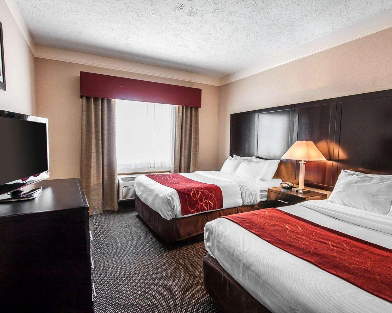 Suite - Comfort Suites Clackamas