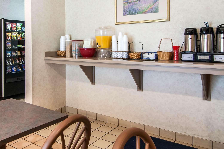 Restaurant - Rodeway Inn Salem