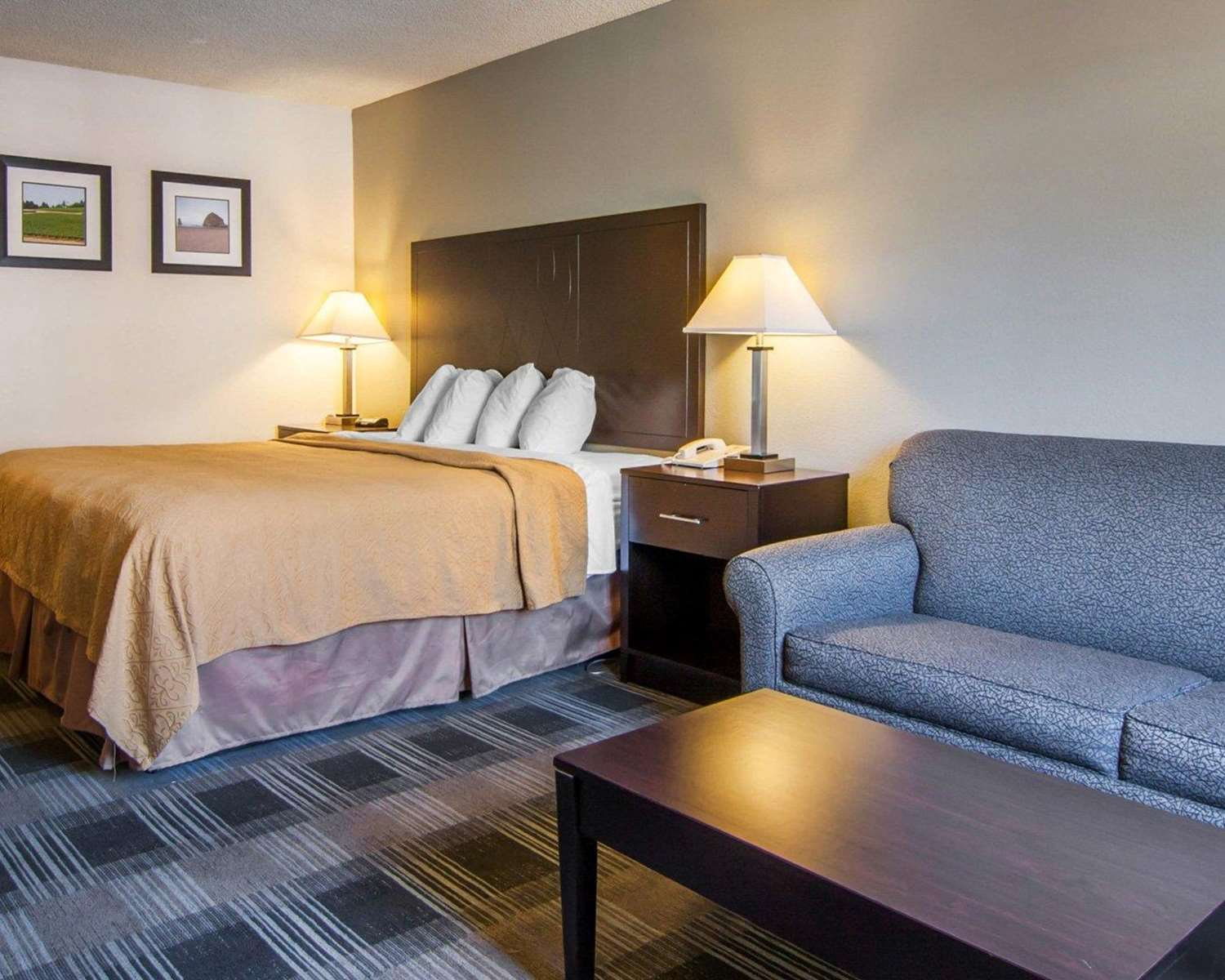 Suite - Quality Inn Tigard