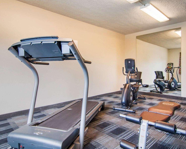 Fitness/ Exercise Room - Quality Inn Tigard