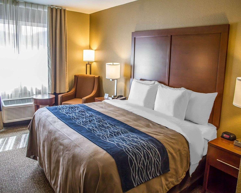 Room - Comfort Inn Roseburg