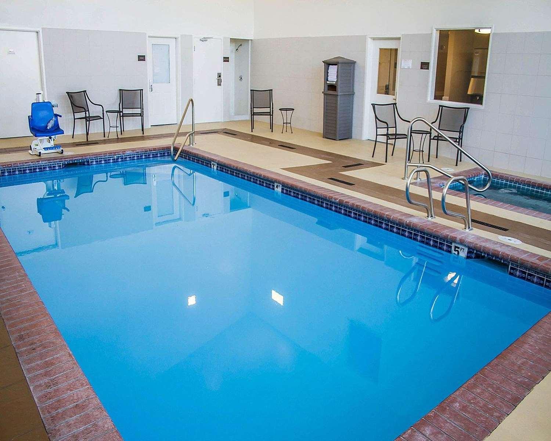 Pool - Comfort Inn Roseburg