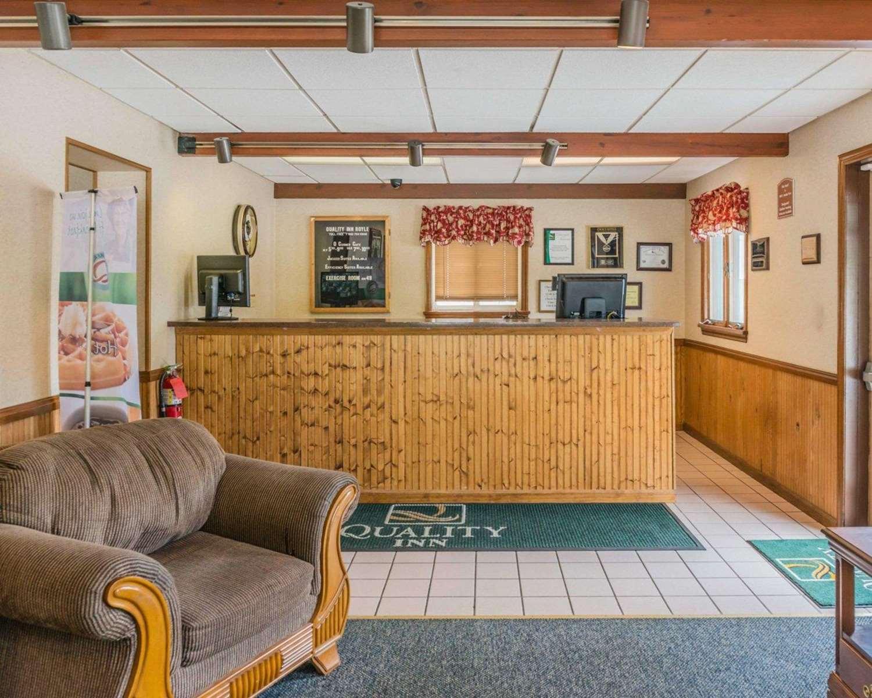 Lobby - Quality Inn Royle Kittanning