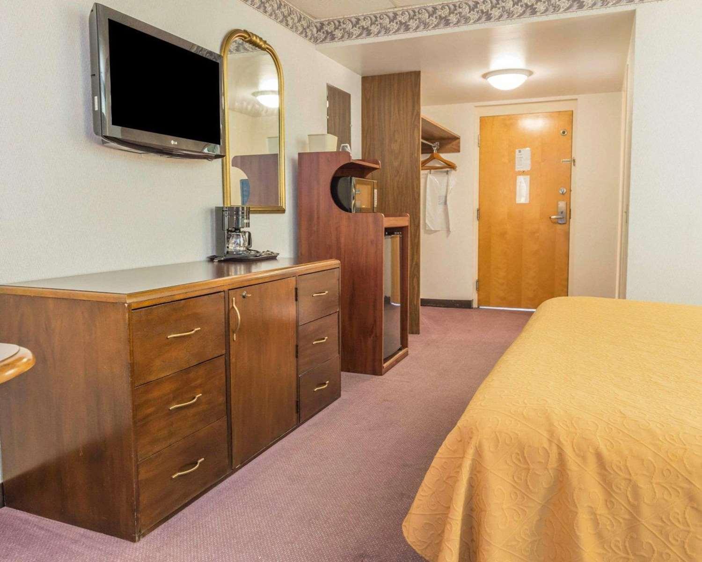 Room - Quality Inn Royle Kittanning