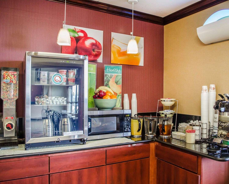 Restaurant - Quality Inn Riverview Enola