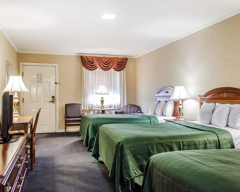 Room - Quality Inn Motor Lodge Gettysburg