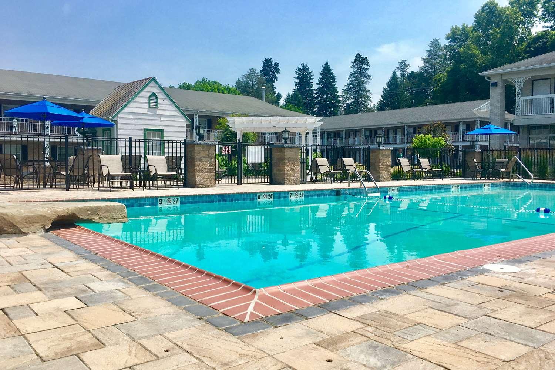 Pool - Quality Inn Motor Lodge Gettysburg