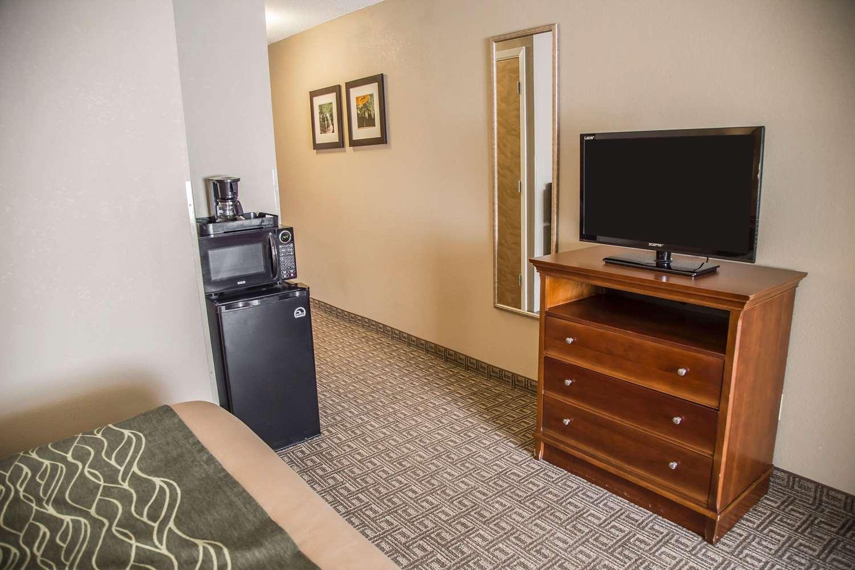Suite - Comfort Inn Bradford