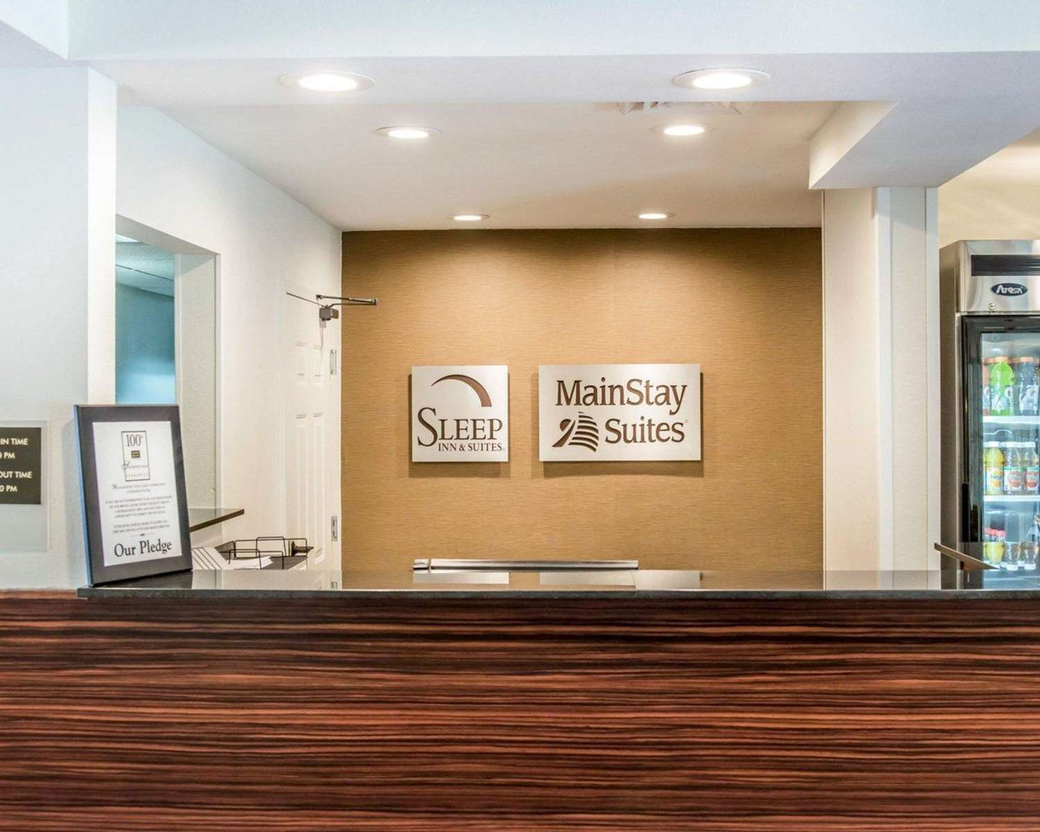 Lobby - MainStay Suites Pittsburgh