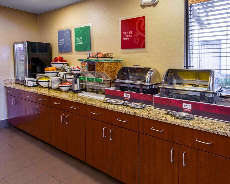 Restaurant - Comfort Inn Erie
