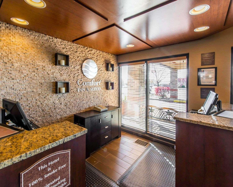 Lobby - Comfort Inn Erie