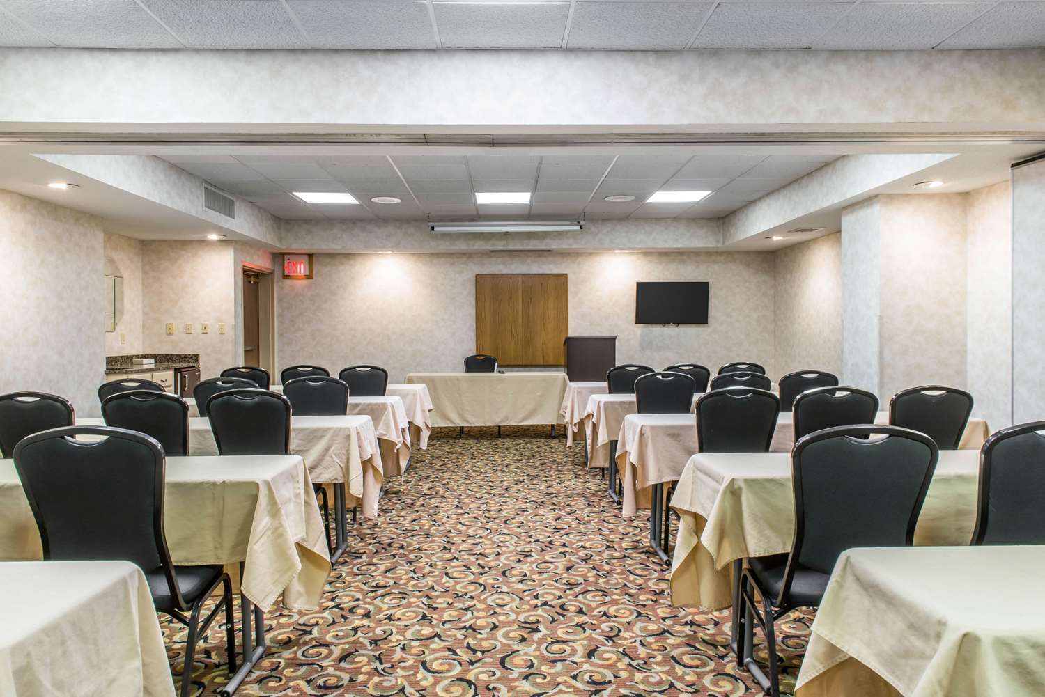 Meeting Facilities - Quality Inn & Suites Johnstown