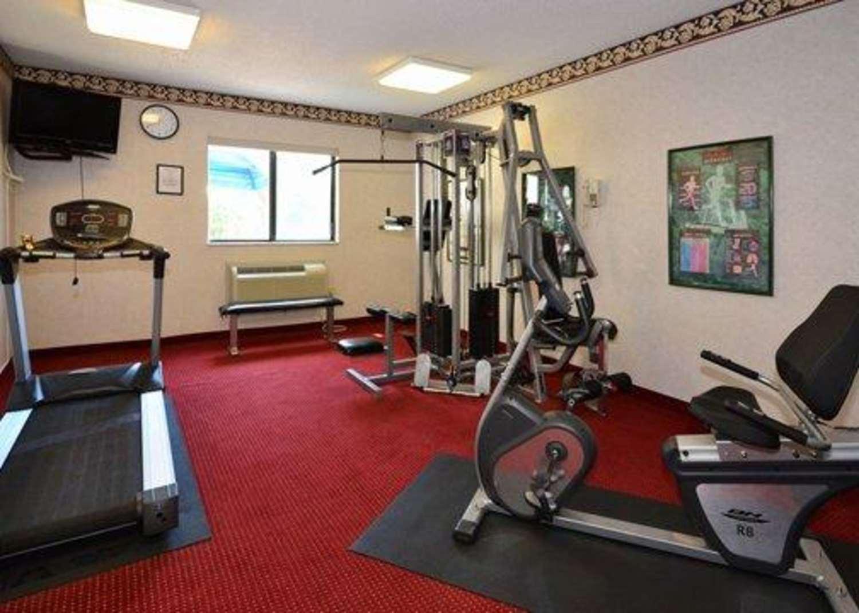 Fitness/ Exercise Room - Comfort Inn Reading