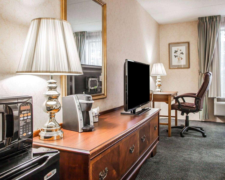 Room - Quality Inn Montgomeryville