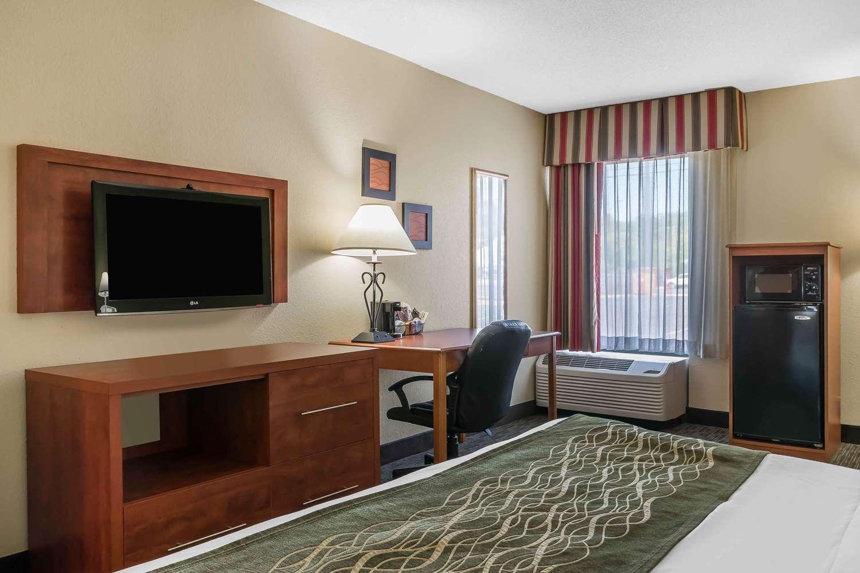 Room - Comfort Inn Pine Grove