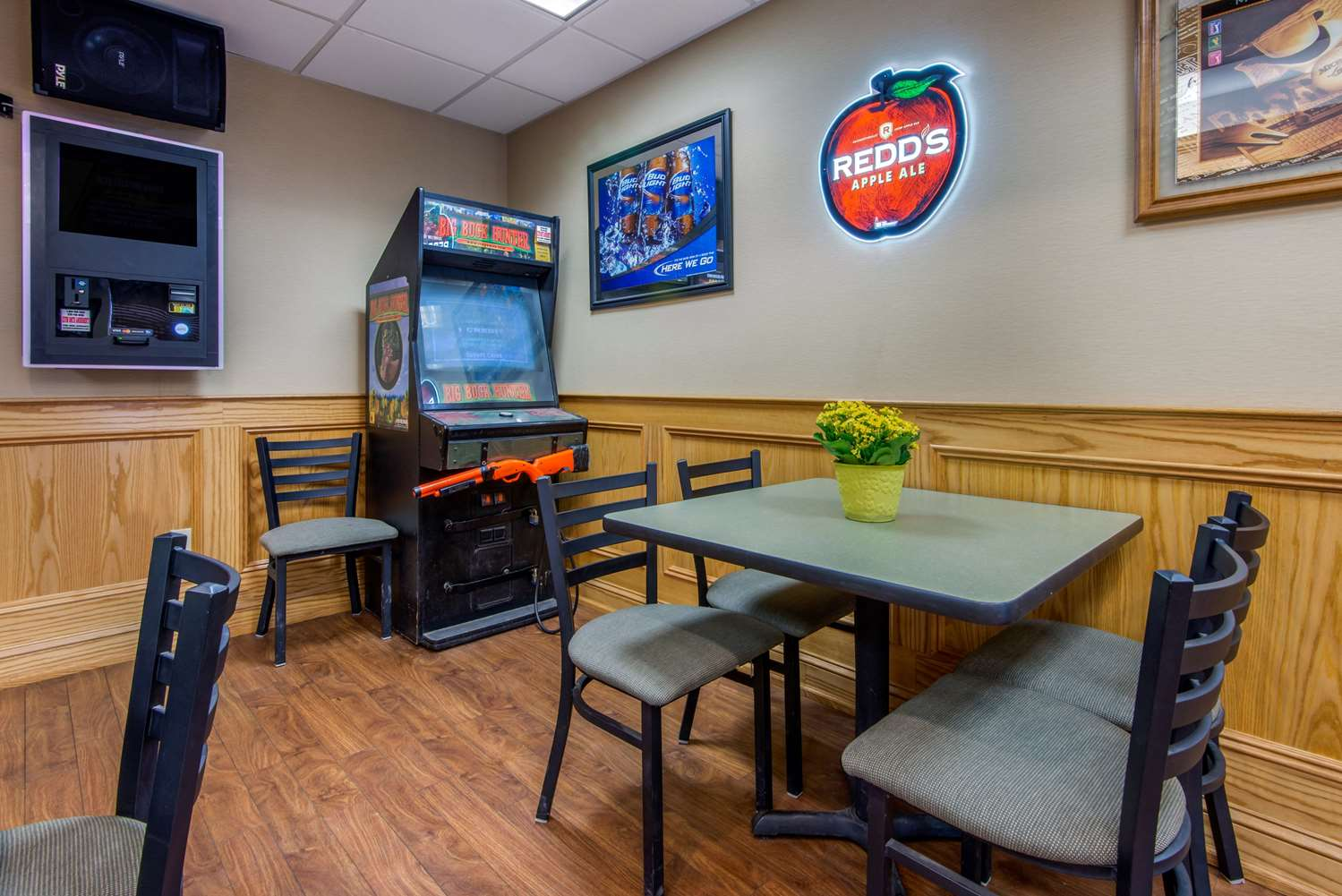 Restaurant - Quality Inn & Suites Mansfield