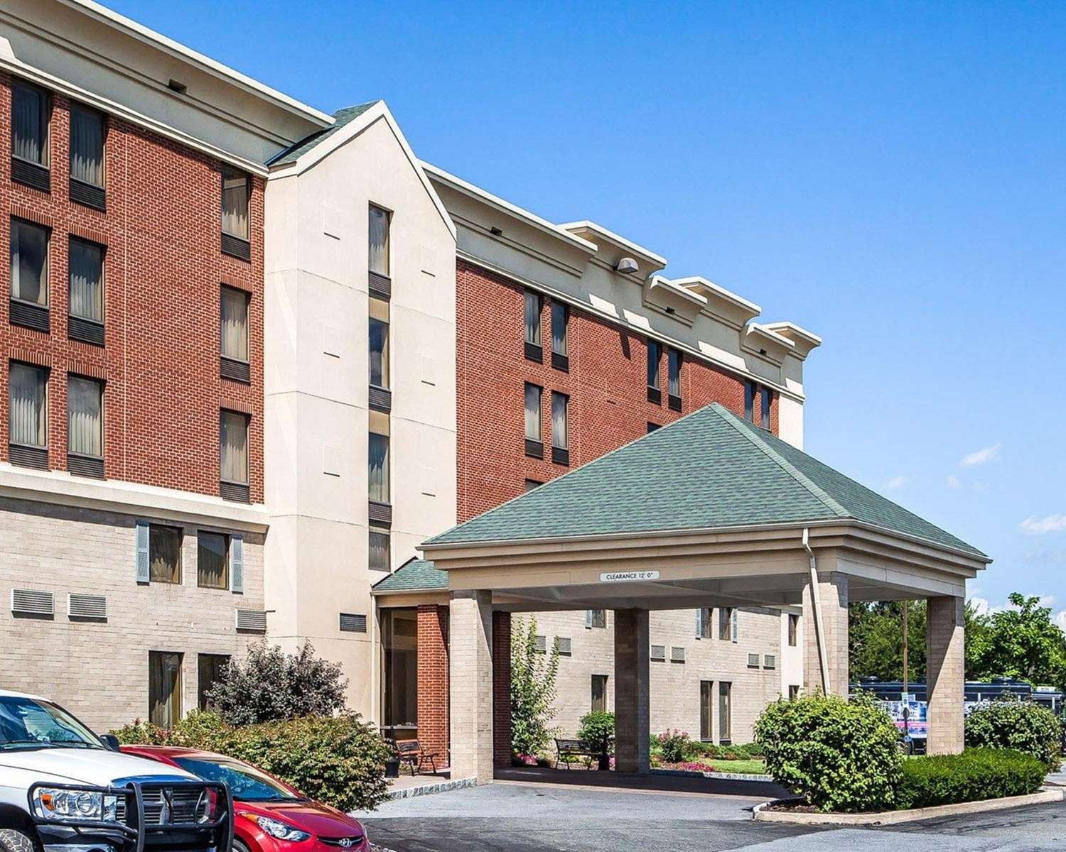 Exterior view - Comfort Inn West Allentown