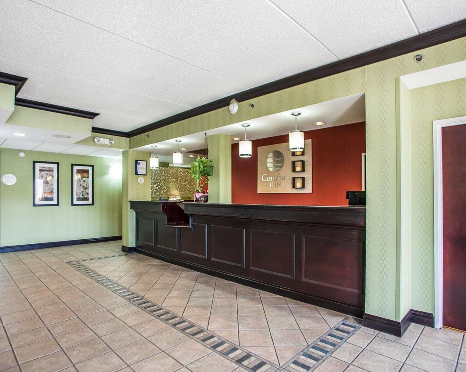 Lobby - Comfort Inn West Allentown
