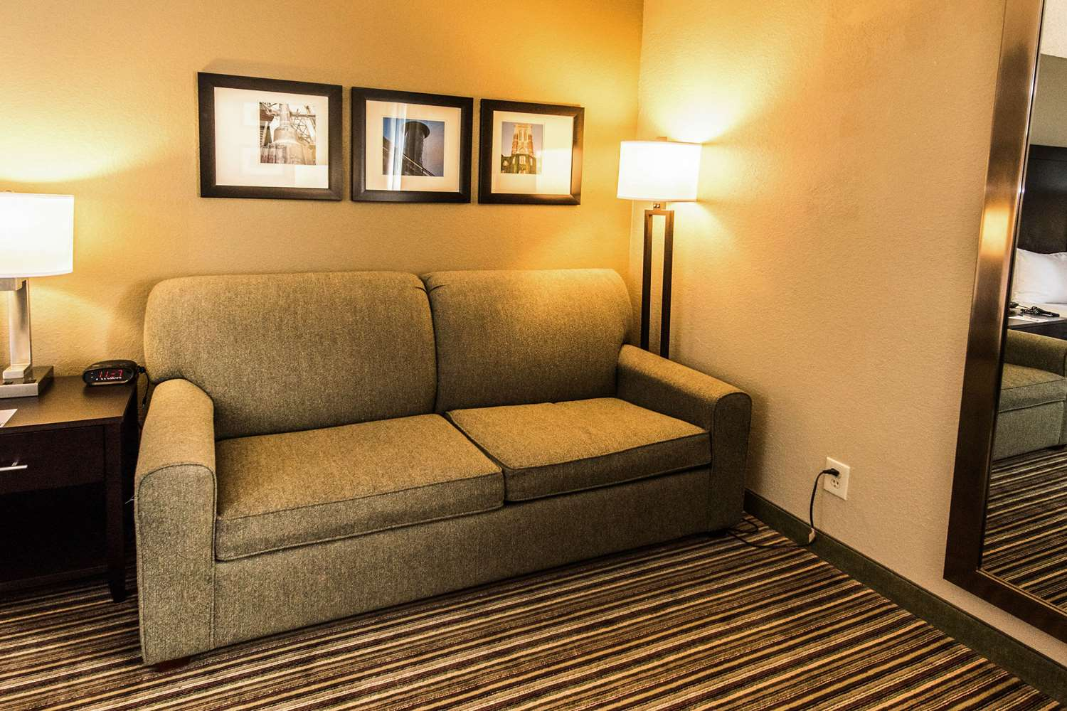 Comfort Inn West Allentown, PA - See Discounts