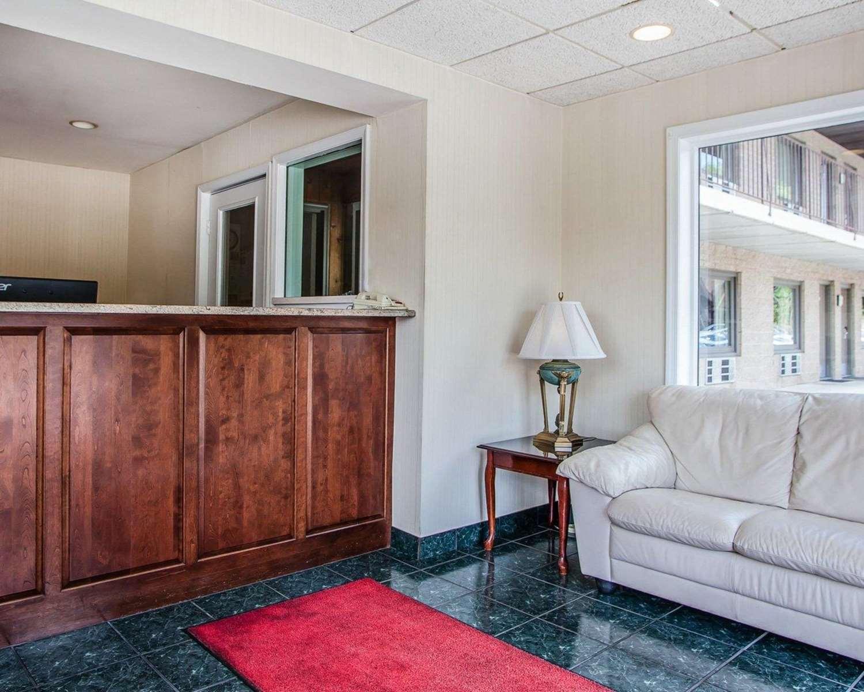 Lobby - Econo Lodge Douglassville