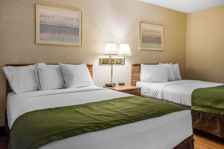 Room - Econo Lodge Wilkes-Barre