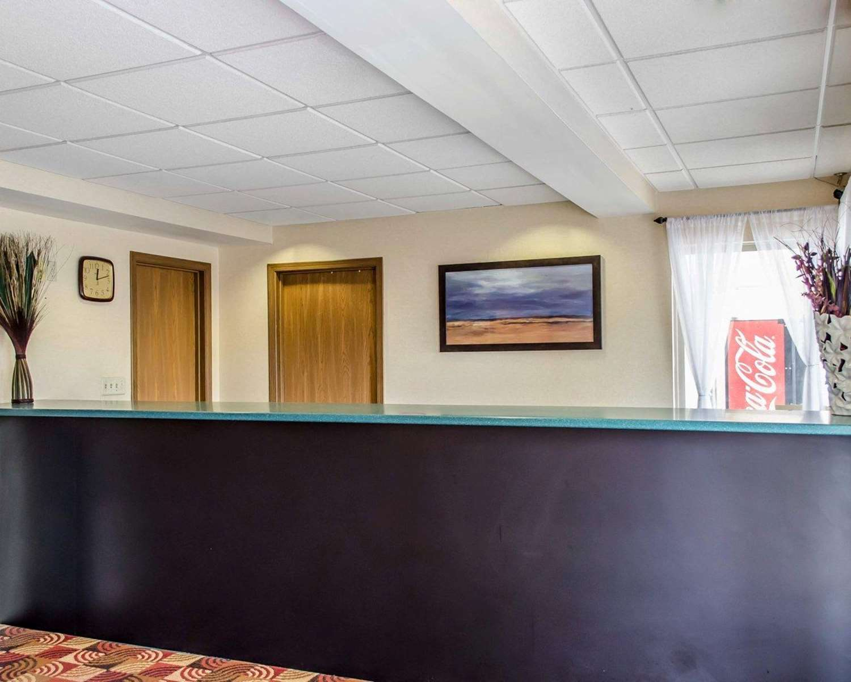 Lobby - Econo Lodge Mechanicsburg