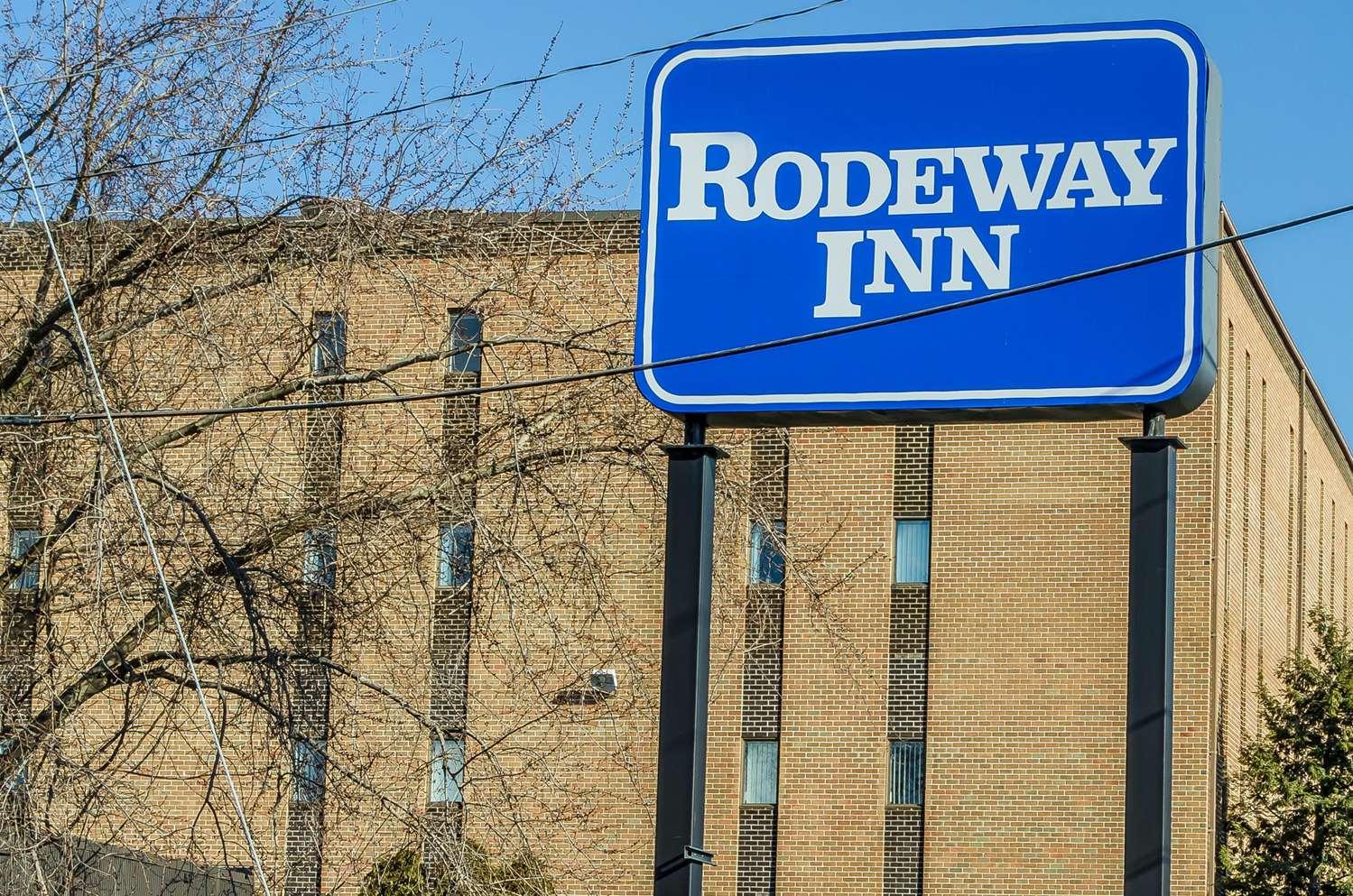 Exterior view - Rodeway Inn Allentown
