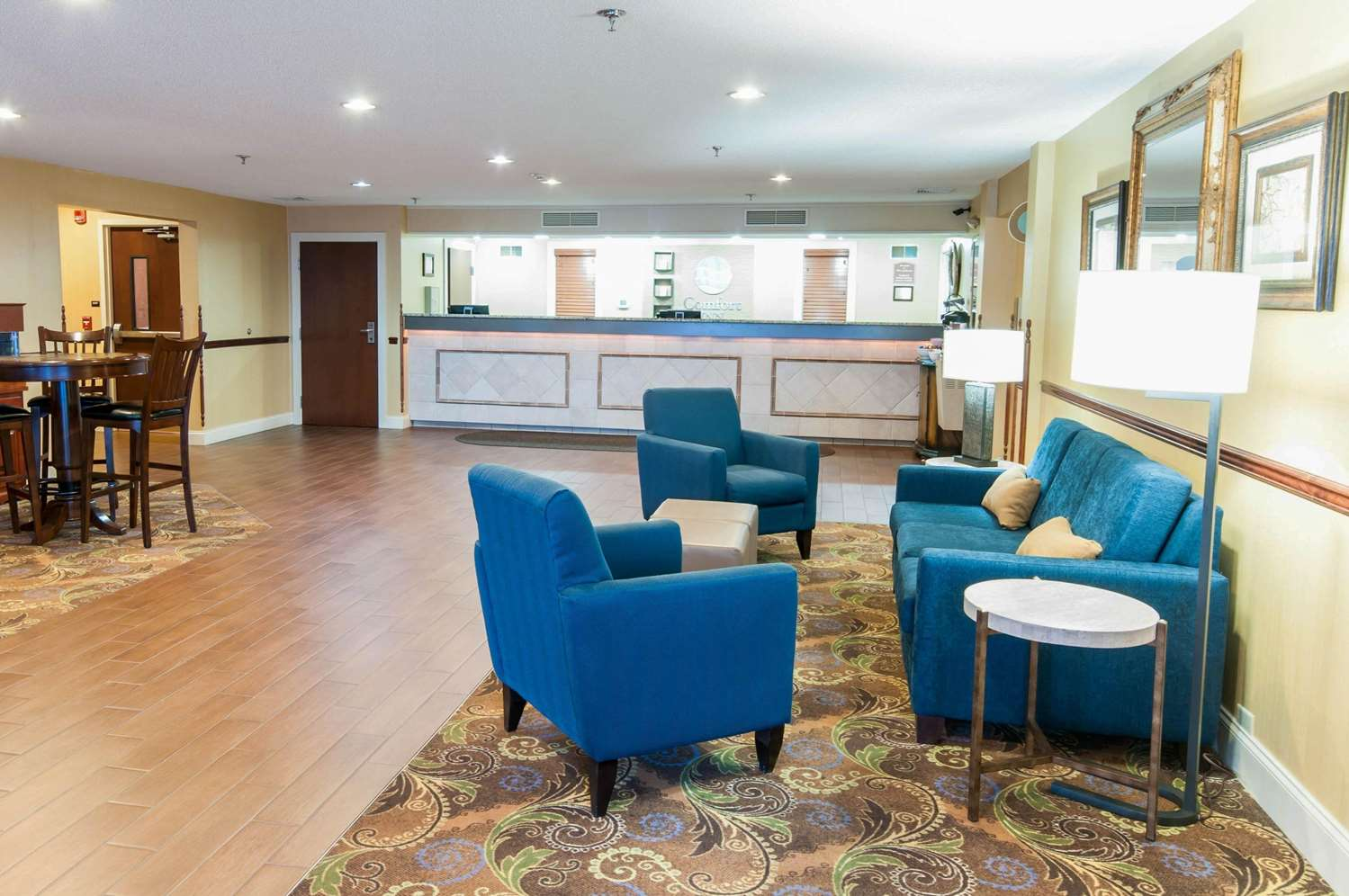 Lobby - Comfort Inn New Holland