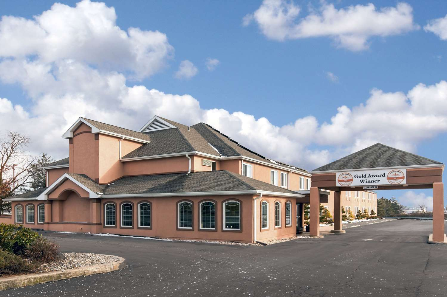 Exterior view - Comfort Inn New Holland