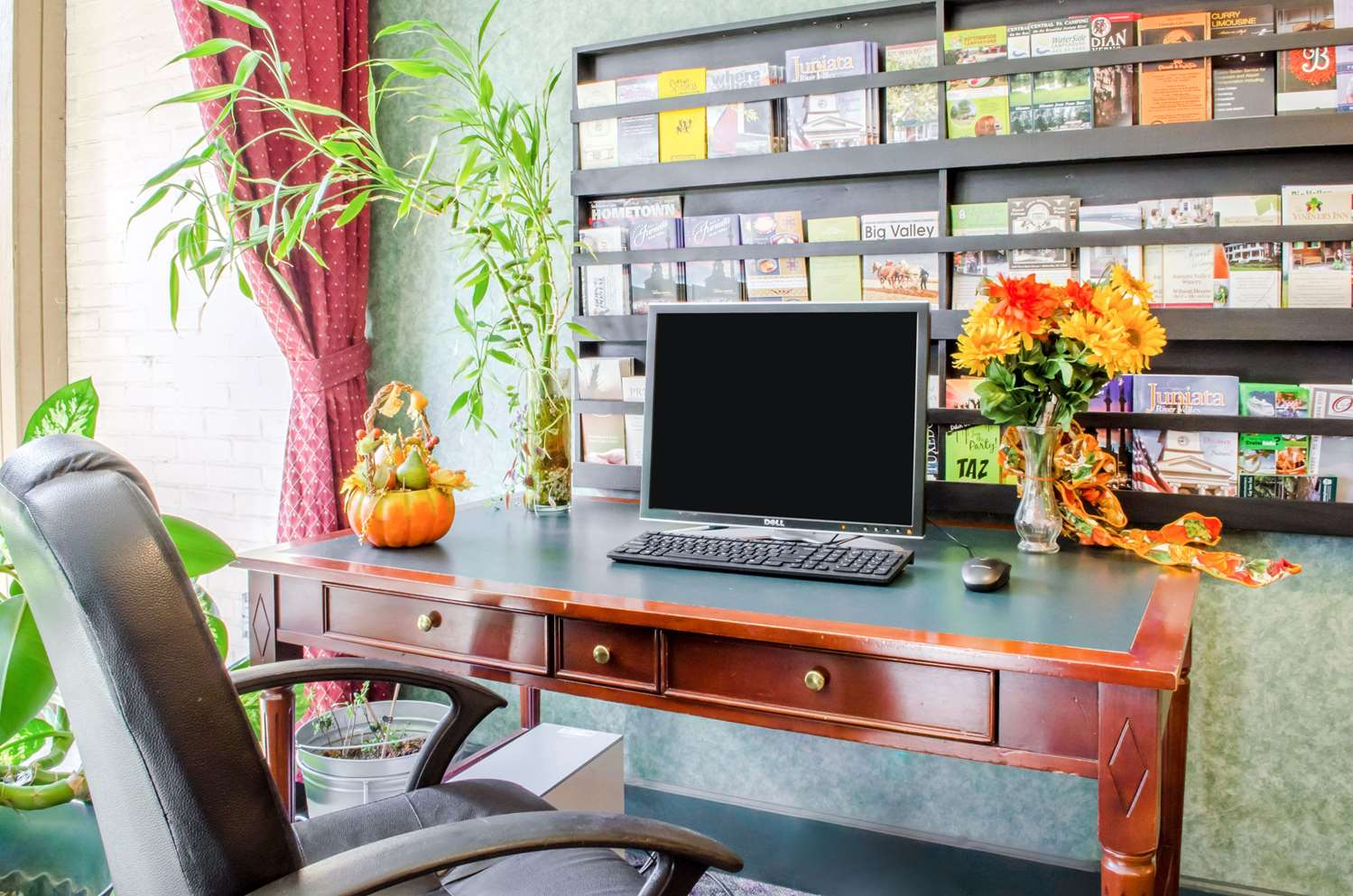Conference Area - Quality Inn & Suites Burnham