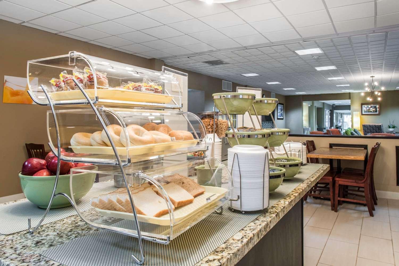Restaurant - Quality Inn New Kensington