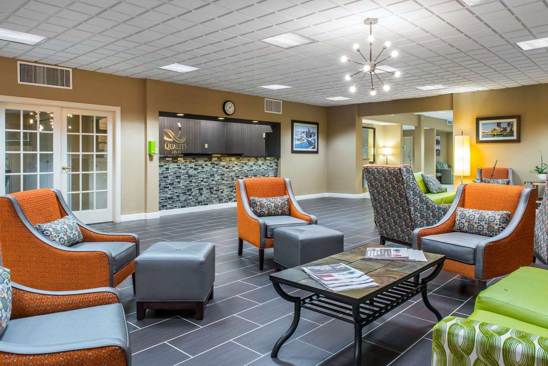 Lobby - Quality Inn New Kensington