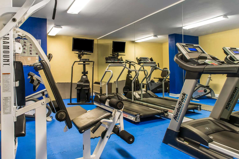 Fitness/ Exercise Room - Quality Inn New Kensington
