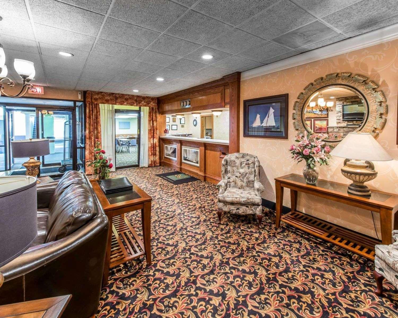 Lobby - Quality Inn & Suites Erie